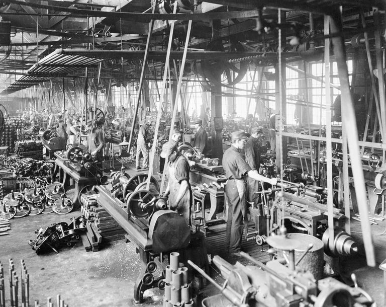 automobile factory ww i