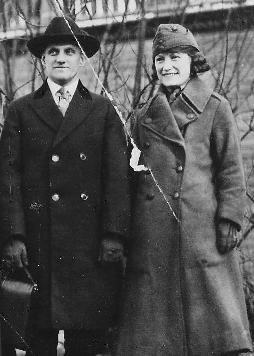 Mary Reilly Pvt First Class USMC w husband John Ravener Prospect Park NY circa 1918