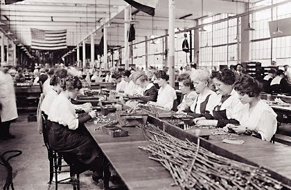 women working in pistol  factory ww1