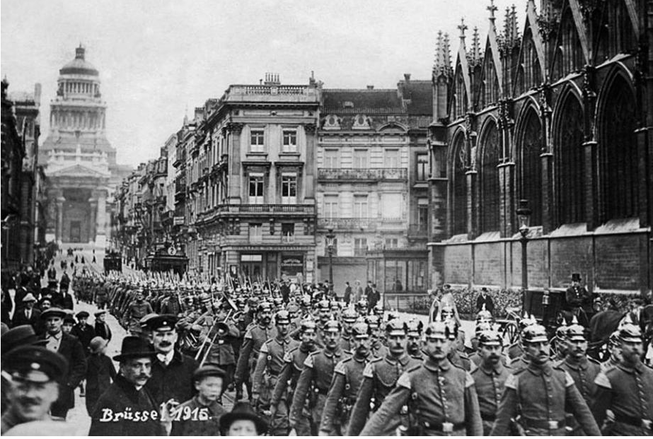 German troops march through Brussels in 1915