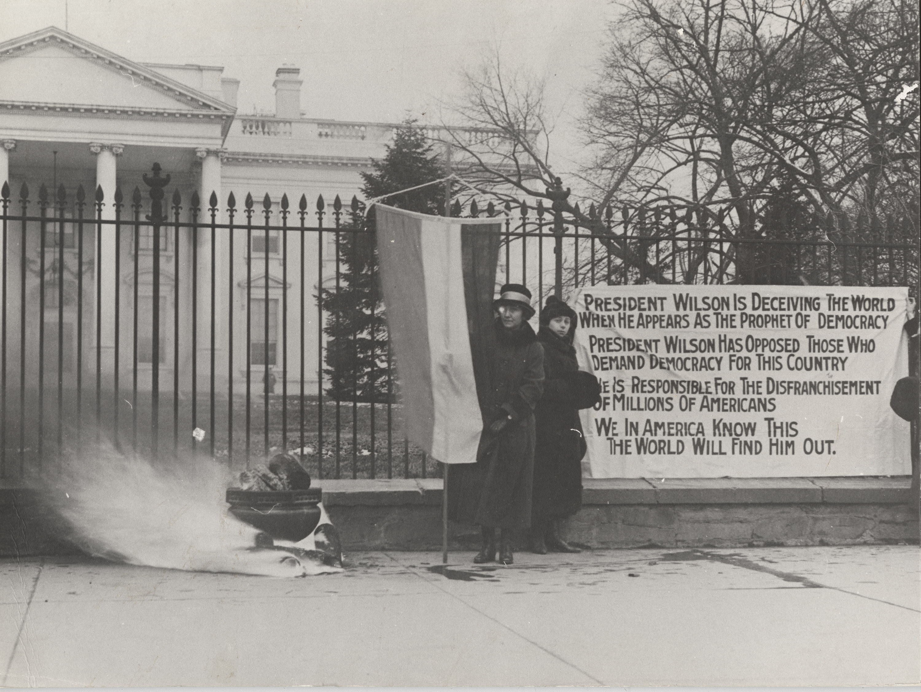 White House Protestors NARA Image copy