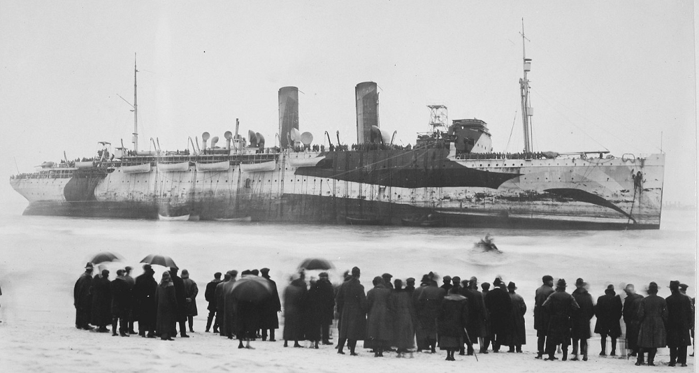 Troopship on Fire Island 1000