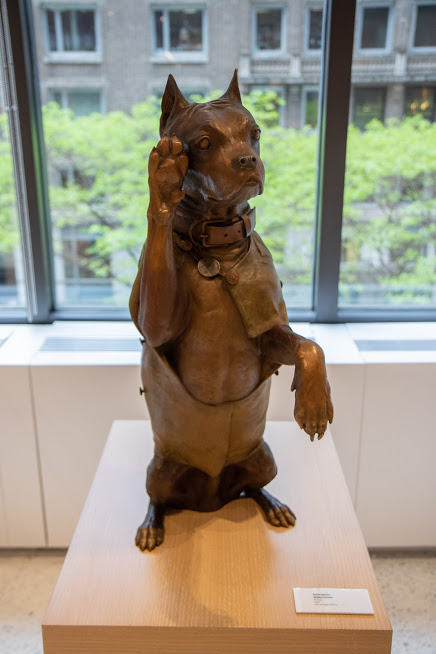 Stubby sculpture