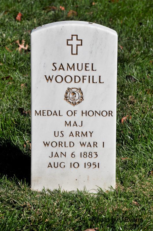 Samuel Woodfills marker in Arlington National Cemetery