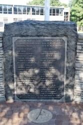 World War Memorial - Magnolia
