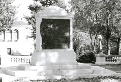 WWI Memorial Cenotaph - Morristown