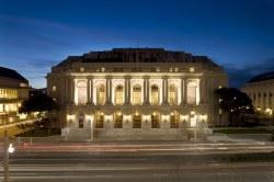 War Memorial Veterans Building and Opera House