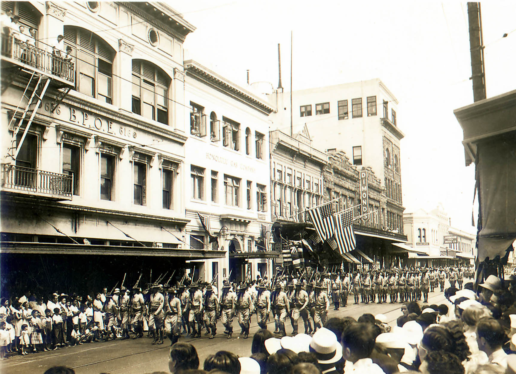 01.19 04 Parade in front of Elks Club