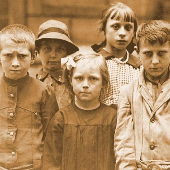 info for 97ee2 6e6c5 The war reflected in the faces of Belgian refugee children