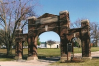 IA Centerville. Arch of Remembrance (1923)